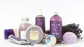 Kosmetyki naturalne wypierają syntetyki?