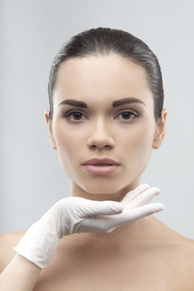 Co powinno Cię zaniepokoić po zabiegu medycyny estetycznej?