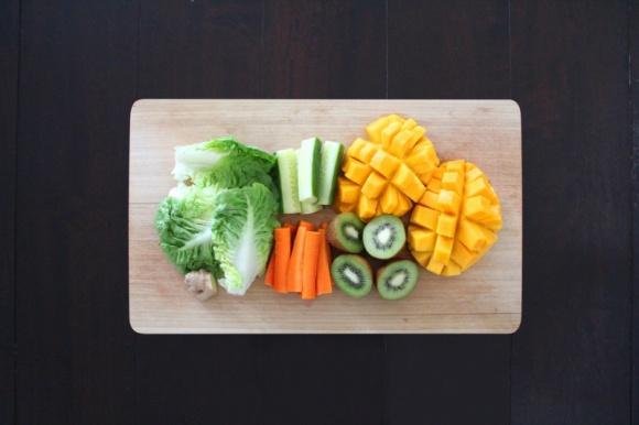 Jak zadbać o piękną cerę, czyli o sztuce jedzenia