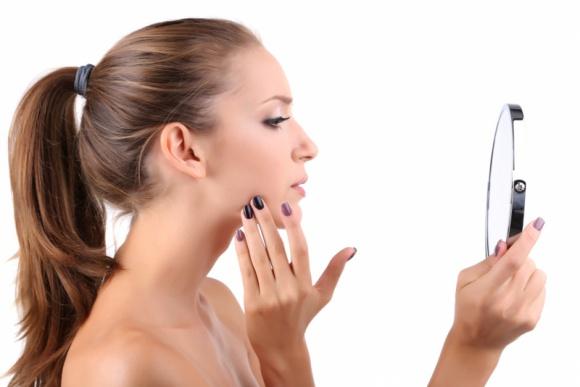 Powakacyjna regeneracja skóry z laserem CO2