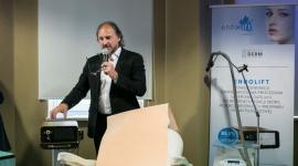 ENDOLIFT - nowość w ujędrnianiu i redukcji tkanki tłuszczowej LIFESTYLE, Uroda - 27 maja w Międzynarodowym Centrum Szkolenia Anti-Aging SLDE w Warszawie odbyło się seminarium ENDOLIFT – nowej generacji światłowodowa procedura laserowa (1470 nm) do restrukturyzacji skóry, redukcji wiotkości i nadmiaru tkanki tłuszczowej.