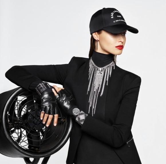KARL LAGERFELD - KOLEKCJA JESIEŃ/ZIMA LIFESTYLE, Moda - Kampania KARL LAGERFELD jesień/zima 2019 świętuje kultowe życie i dziedzictwo Karla Lagerfelda, po jego śmierci. Kampania ku jego czci, została zaprojektowana przez Carine Roitfeld.