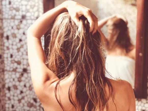 Nadmierne wypadanie włosów – zabiegi na włosy