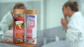 Mini-nawyki – jesienna kampania marki Luksja LIFESTYLE, Uroda - Marka Luksja wraz z nadejściem jesieni odświeża swoją komunikację i startuje z nową kampanią Mini-nawyki, w ramach której promuje linię pielęgnacyjnych, kremowych żeli pod prysznic Care Pro oraz nowych zapachowych żeli z linii World of Wonder.