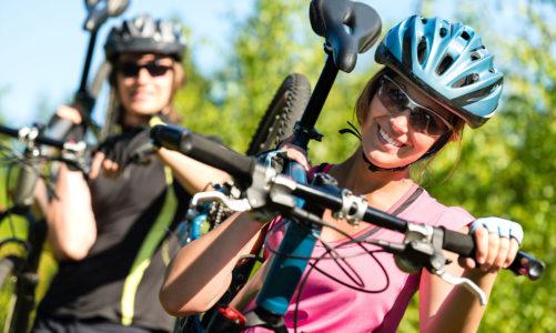 Jak właściwie dobrać okulary do aktywności fizycznej – Na rower czy do biegania – okulary sportowe.