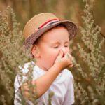 Swędzące oczy u dzieci – jak skutecznie i bezpiecznie pomóc małemu alergikowi?